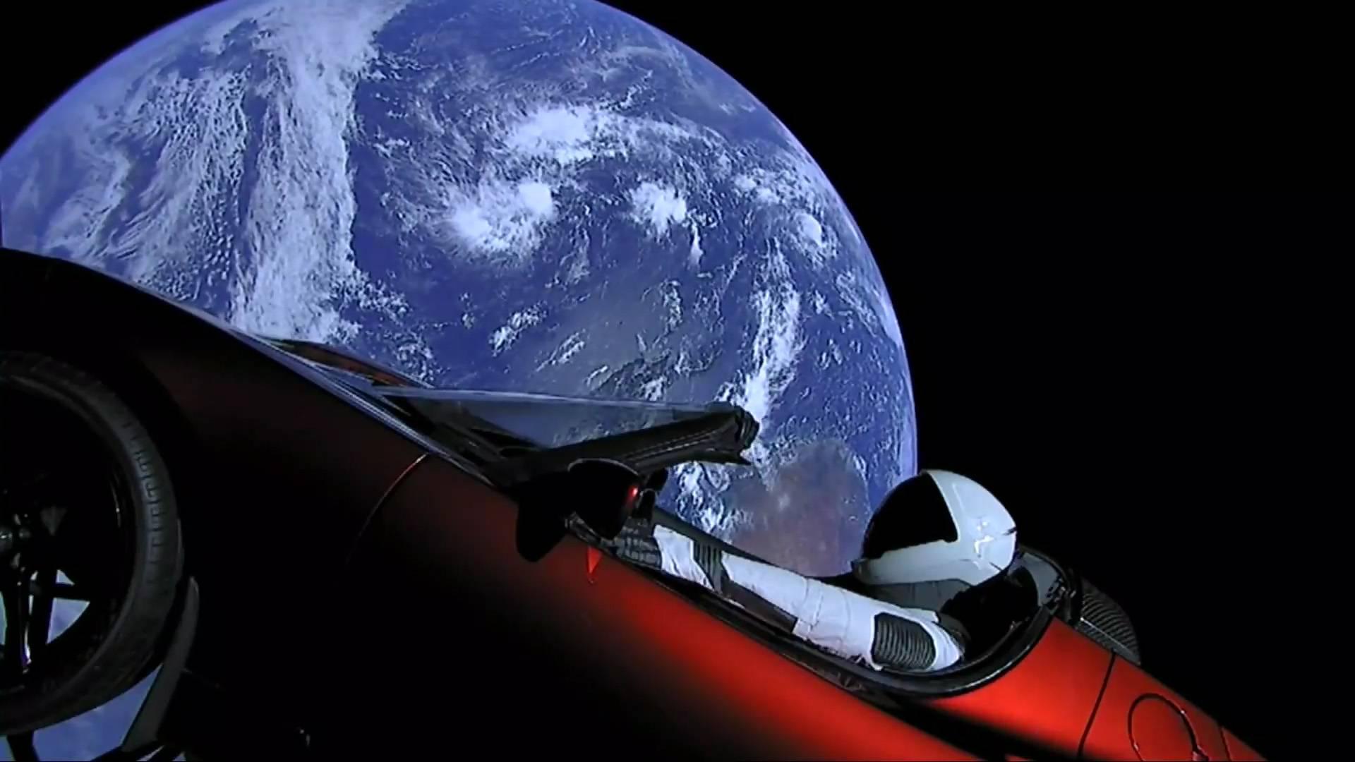 Elon Musk e la leggenda del Falcon Heavy