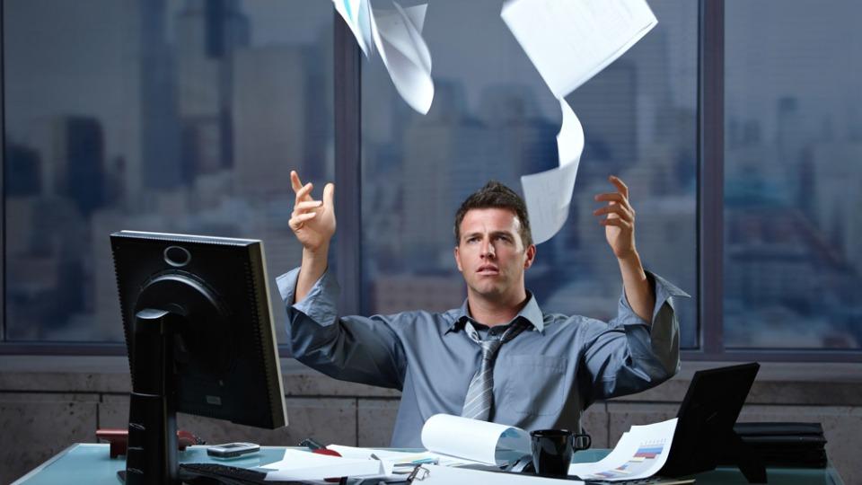 Editor: cinque ragioni polemiche per non affidargli un testo