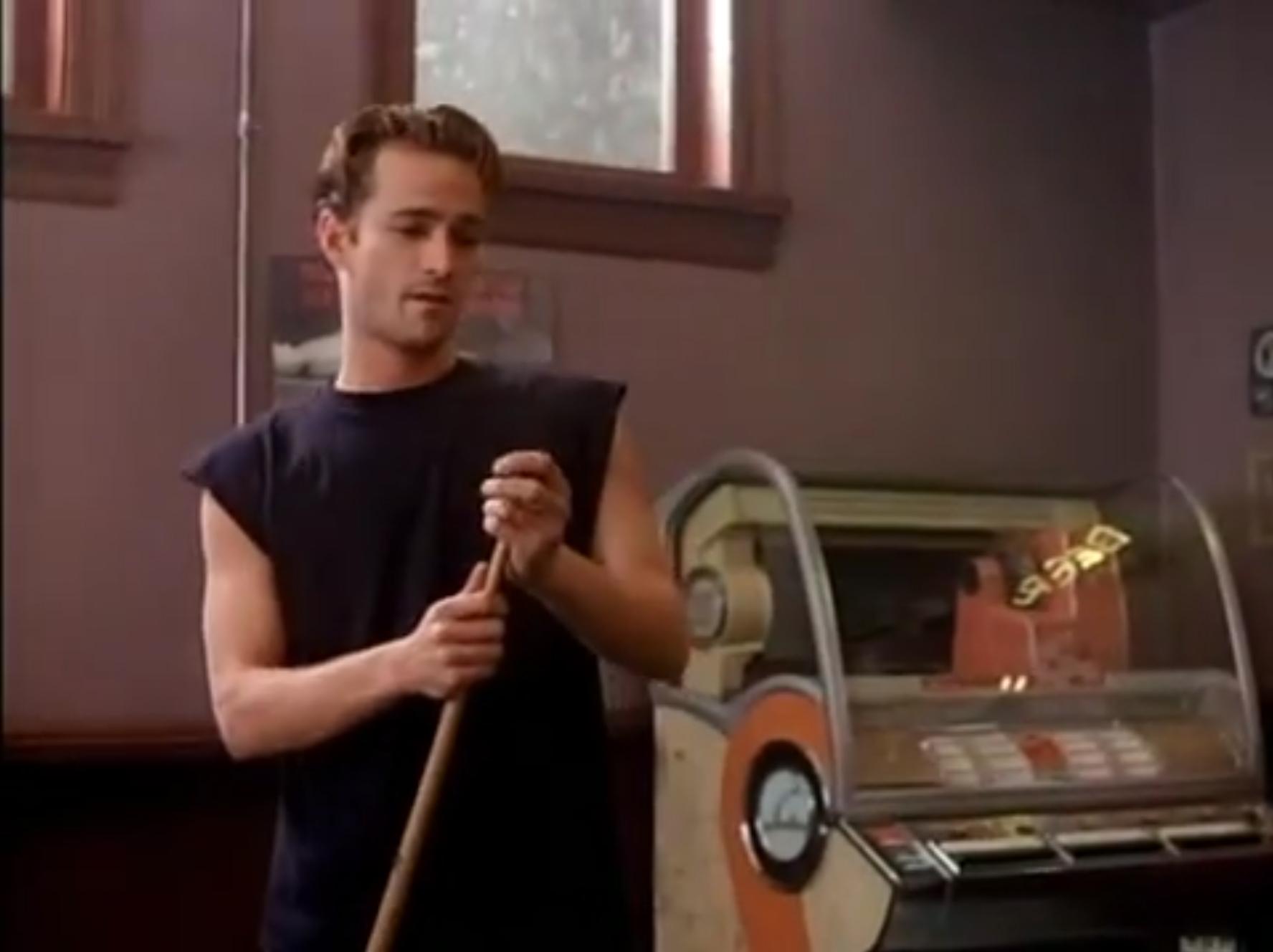 Una VHS. Omaggio a Luke Perry (e a Berverly Hills, 90210)